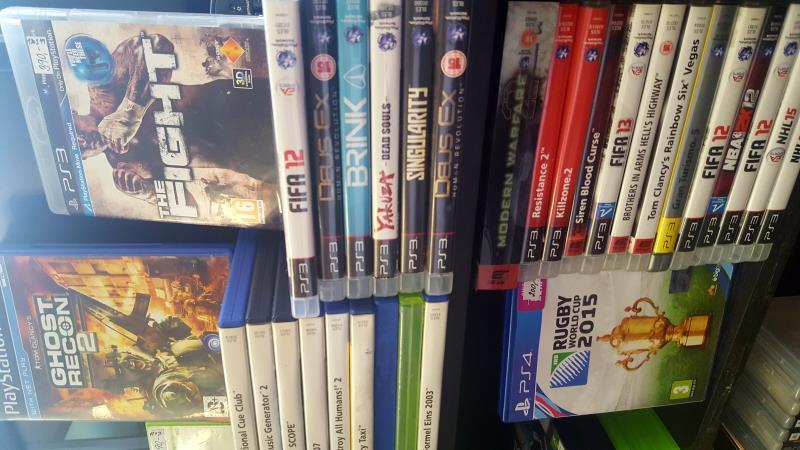 Nabidka her na xbox, PS2, PS3,PS4. Ceny od 90kc