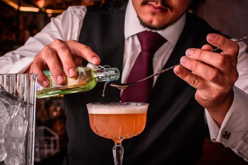 užít si magické koledy Franka Sinatry ale především, vychutnat si náš oblíbený koktejl Nádherňajs