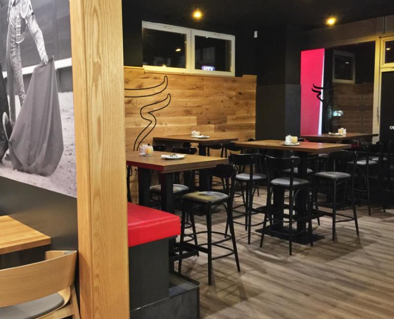 Restaurace La Corrida se nachází v Brně ve čtvrti Bystrc a poskytuje celkem 117 míst k sezení. WIFI připojení zdarma a bezbariérový přístup je v naší restauraci standartem.