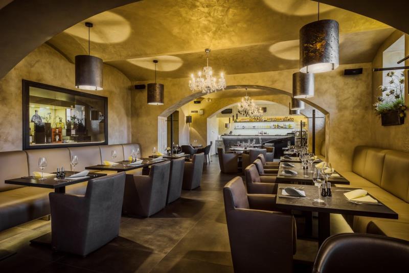 naše restaurace:)
