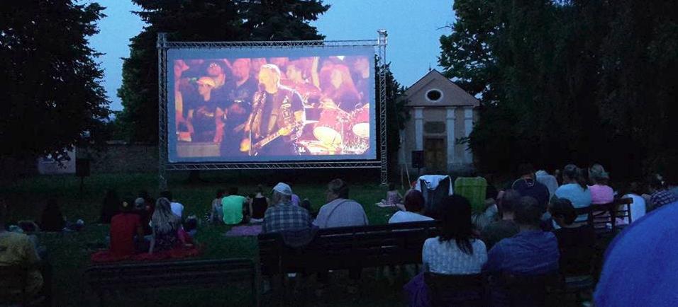 Letní kino Velký Týnec